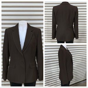 Tahari ASL one button jacket with detail stitching